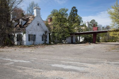 Motor Lodge Ruins, Jefferson Davis Highway, Virginia, 2011