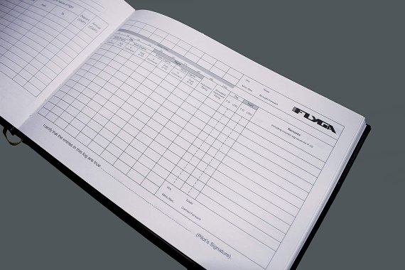Pilot's Flying Log Book (Aviation Aircraft Logbook)