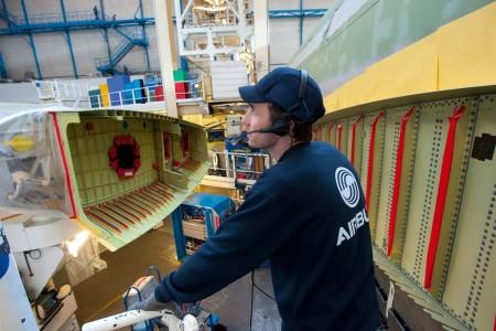Según Airbus Group, habrá pocas bajas entre los empleados de las cadenas de montaje de aviones y helicópteros.