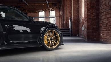 Photo of Porsche 911 GT3 RS Looks The Part With Factory Gold-Painted Wheels