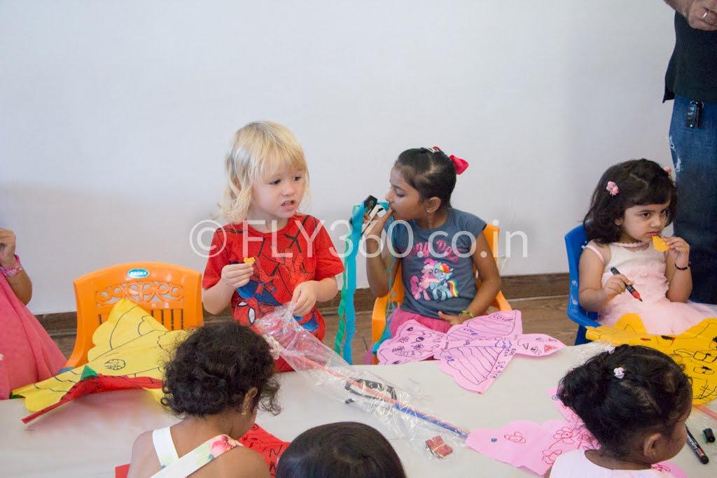 Summer camps Modern kite making workshop