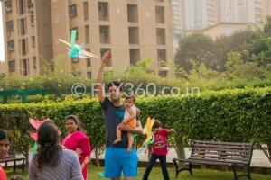 family kites