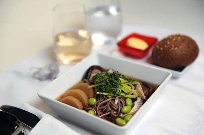 Soba noodles with lemongrass-shiitake broth