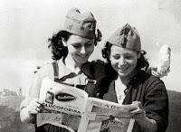 Milicianas manchegas leyendo el ABC