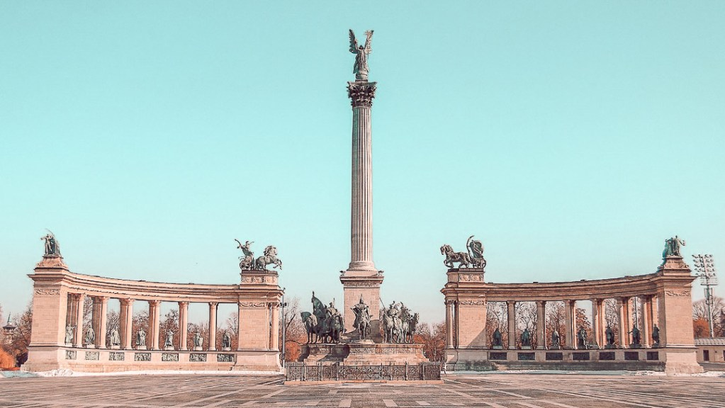 Things to do in Budapest - Heroes Square