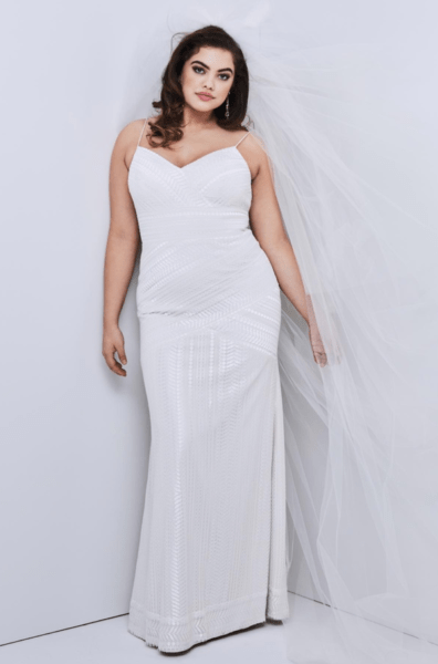 bedc82b7b576f 6 Gorgeous, Affordable Plus Size Boho Wedding Dresses | Fly By Night ...