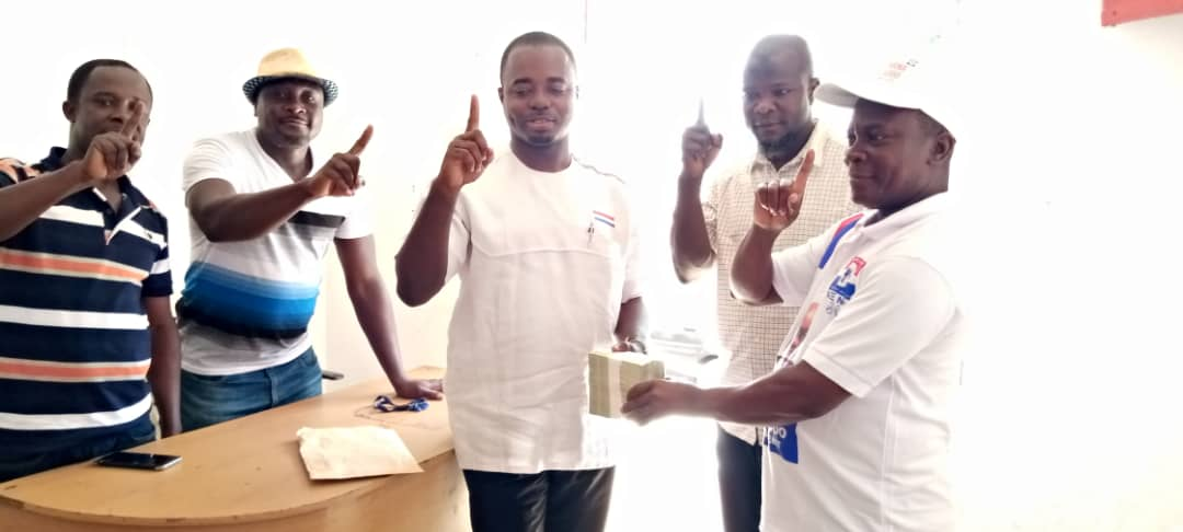 Francis Owusu-Akyaw Donates 10K To Feed Party Agents In Juaben Constituency