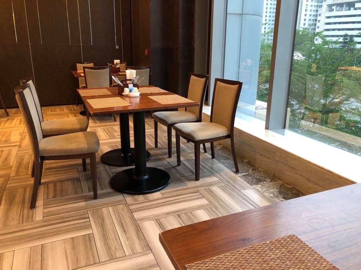 香港旺角希爾頓花園酒店優惠 平均每人$350包一晚住宿+早餐+點心午餐