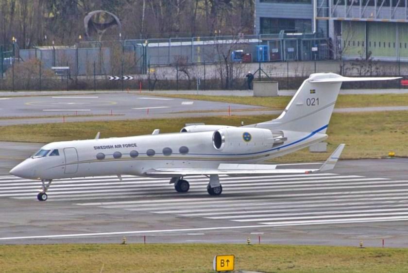 Swedish_Air_Force_Gulfstream_Aerospace_Tp102A_Gulfstream_IV;_021@ZRH;28.01.2012_640bu_(6796683979)