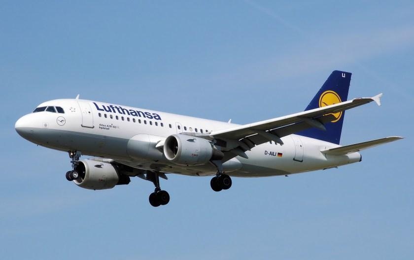 Lufthansa.a319-100.d-aili.arp