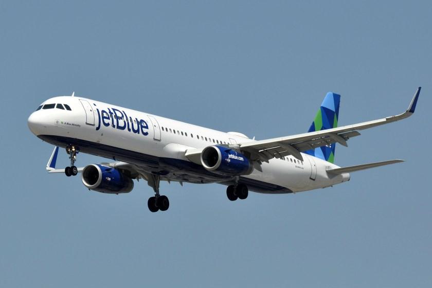 JetBlue_Airways,_Airbus_A321-231(WL),_N945JT_-_LAX
