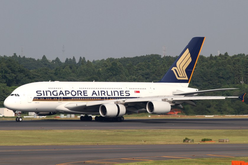 Singapore_Airlines_A380-800(9V-SKD)_(4693344489)