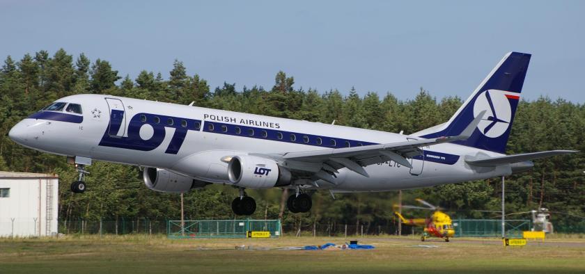 Embraer_ERJ-175_PLL_LOT