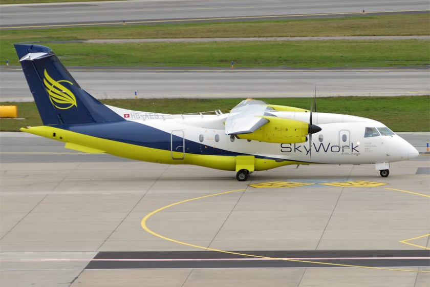 SkyWork_Airlines,_HB-AES,_Dornier_328-110_(22424609694)