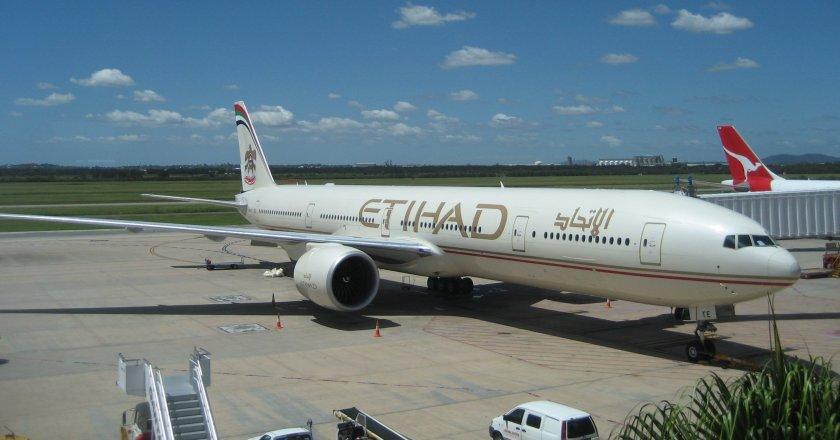 Etihad_B777-300ER_Brisbane