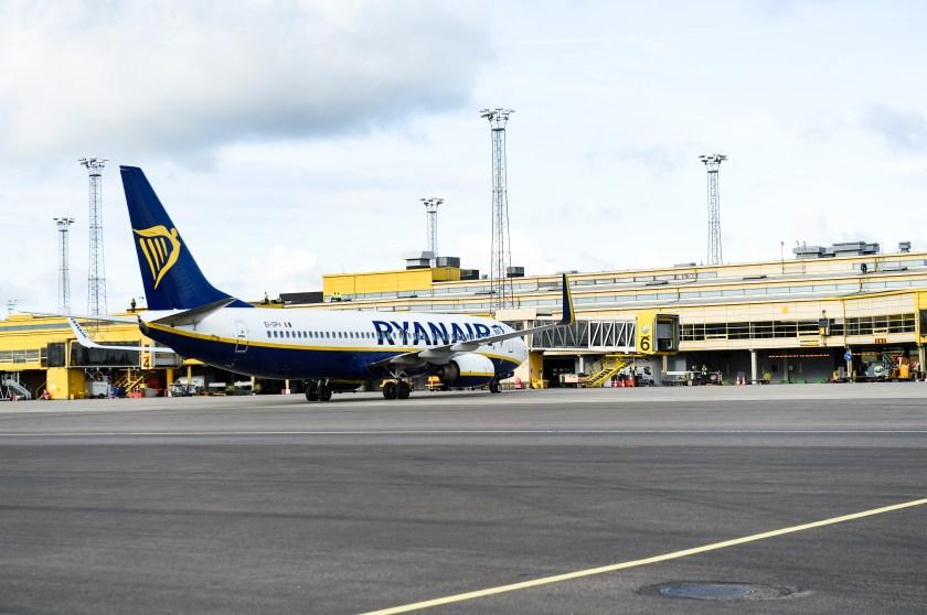 171031Invigning ny linje Malmö airport, Ryanair. Malmö-Krakow