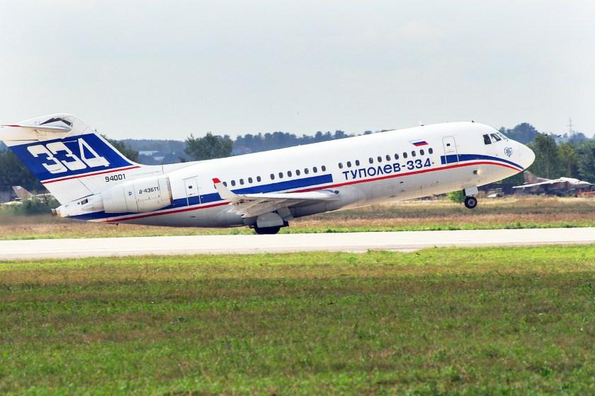 Tupolev_Tu_334_at_MAKS_2007