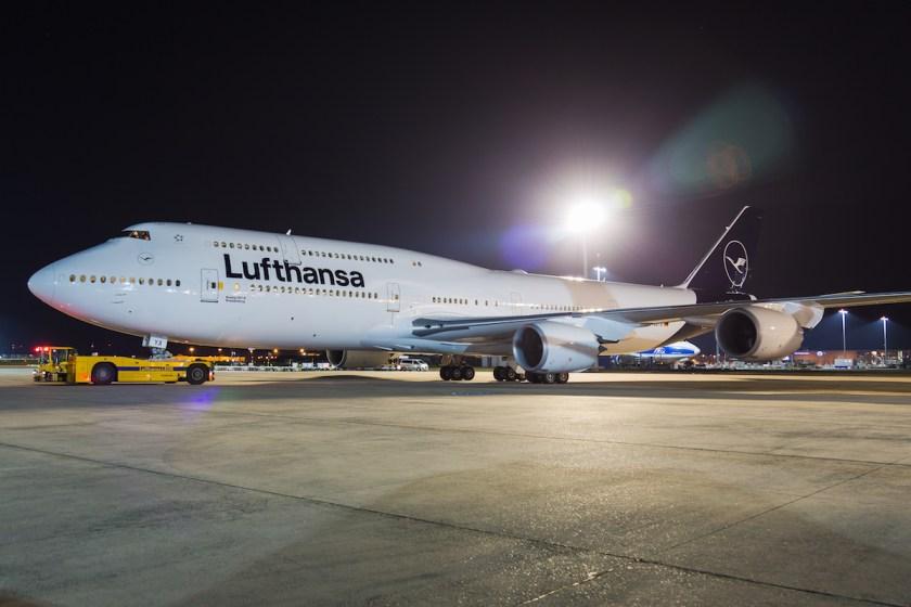 Lufthansa-747-8-newlivery