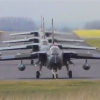 VIDEO - 4 RAF Tornados leaving RAF Marham for air-to-air photoshoot