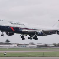 VIDEO - BRITISH AIRWAYS B747 LANDOR LIVERY ARRIVAL AT LONDON HEATHROW