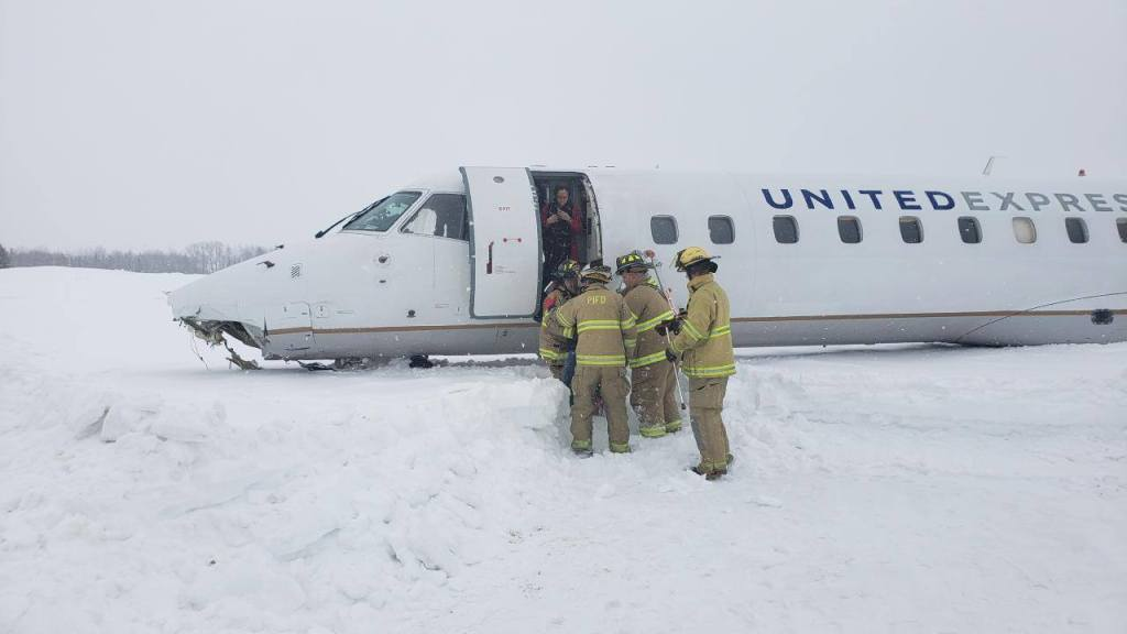 United Express accident Presque Isle Airport