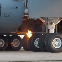VIDEO - C-5 SUPER GALAXY BRAKE FIRE AT OSKOSH 2019