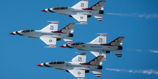 The U.S. Air Force Thunderbirds last show of the season at Aviation Nation