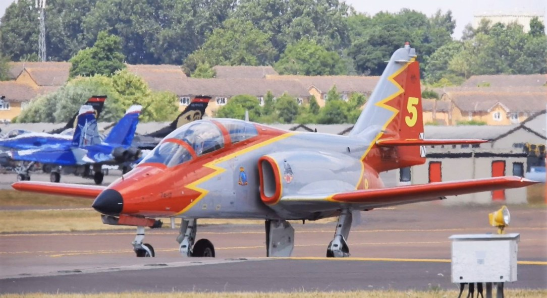 Spanish Air Force Patrulla Águila #5 has crashed into the sea killing the team's solo pilot