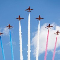 RED ARROWS FLYPAST OVER LONDON COMMEMORATES 75th VICTORY IN EUROPE DAY