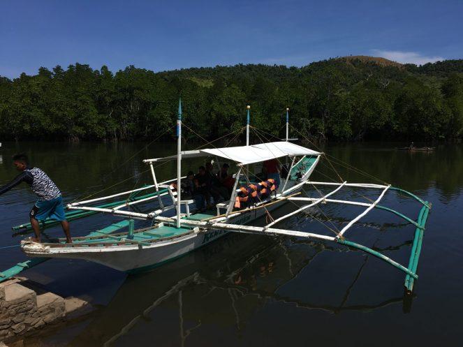 Club Paradise Palawan - Banka boat at the pier