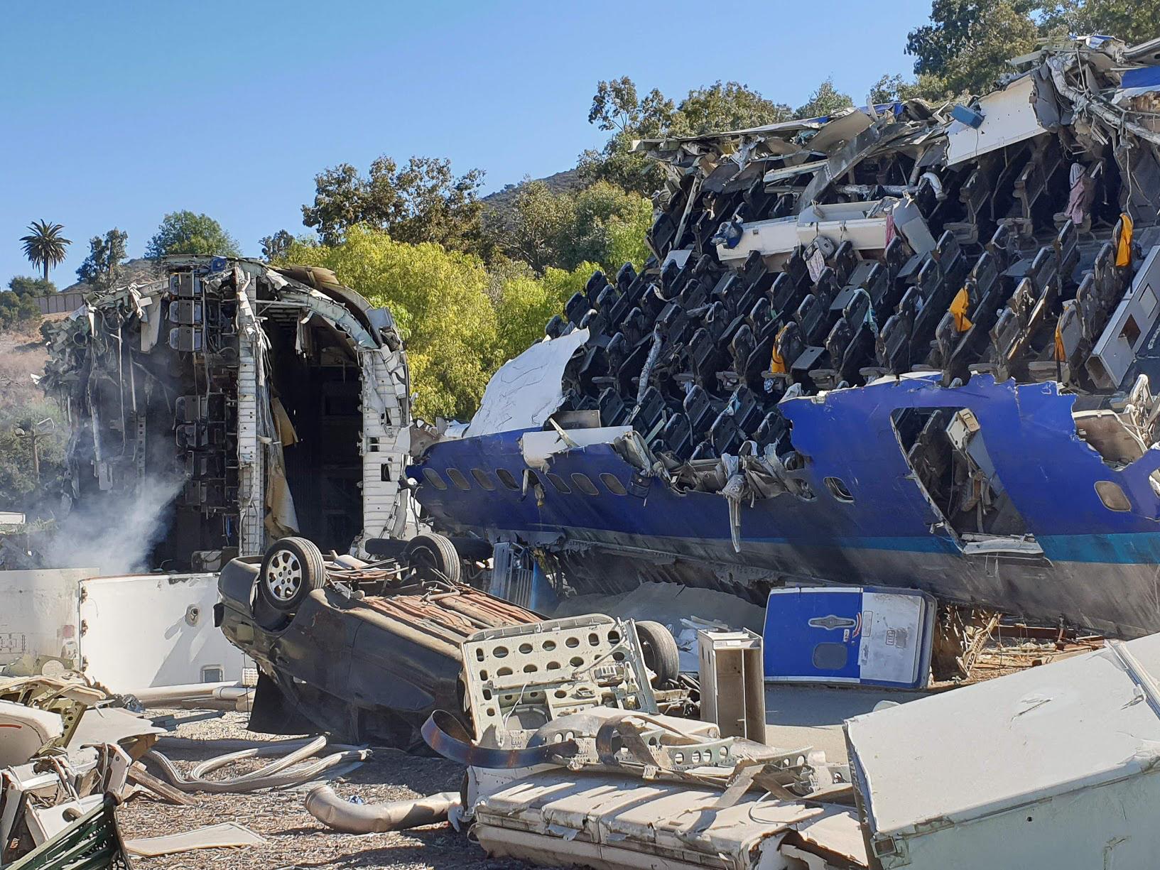 A cool plane crash set