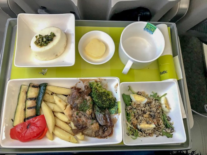 airBaltic A220-300 business class meal