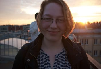 I couldn't resist. Rooftop sunset me – photo credit goes to Maeve.