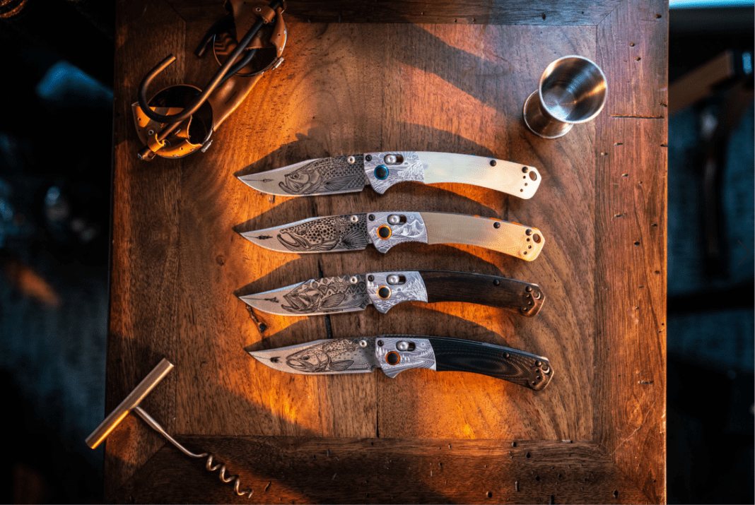 4 knives on a table