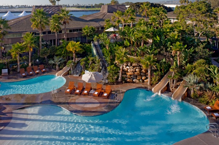 Stay at the Hyatt Regency in San Diego this winter and enjoy some sun!