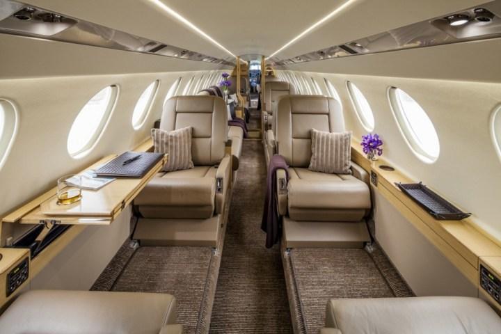 Falcon 50EX interior