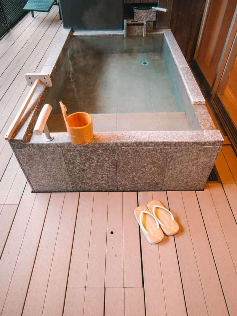 Finding Relaxation at Hotel Hakone Gora Byakudan - HOME
