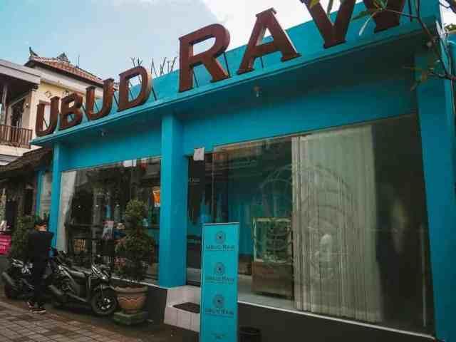 Ubud Raw Chocolates shopfront