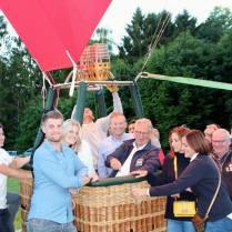 Fly The Sky - Ballonvaarten - Ballooning