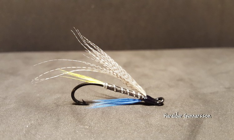 Crossfield, pretty simple but very effective streamer
