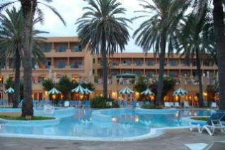 Отель Lti El Ksar Hotel 4 Ел Ти Ай Ел Ксар Отель Тунис