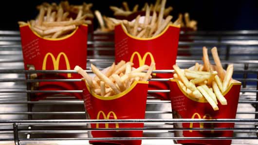 Japan McDonald's to Resume Serving Large Fries After Shortage