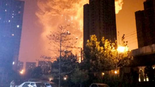 UPDATES AND AFTERMATH TO TIANJIN ~ GLOBALIST 'STAR WARS' ATTACKING CHINA & RUSSIA? By Mike King 102915884-150812-tianjin-explosion-0244p.530x298