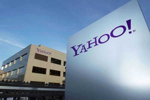 Yahoo signage