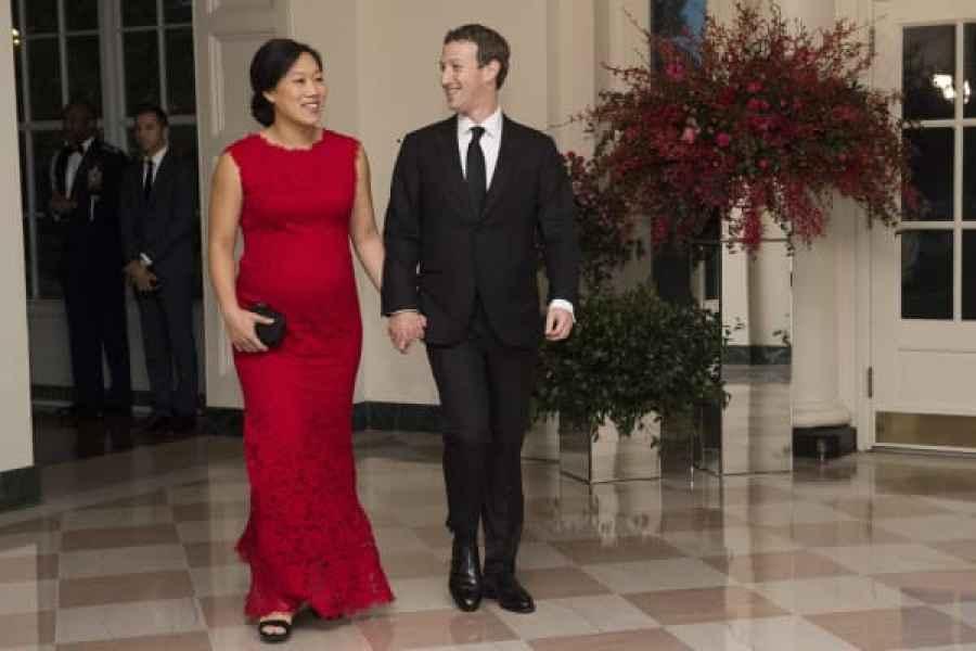 Priscilla Chan y Mark Zuckerberg en la Casa Blanca el 25 de septiembre de 2015.