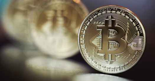 Bitcoin is in a bubble, and here's how it's going to crash ...