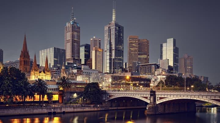 Η πόλη της Μελβούρνης το βράδυ