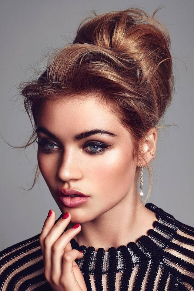 high bun hair styles 16 simple amp hairstyles for your next big event 3227