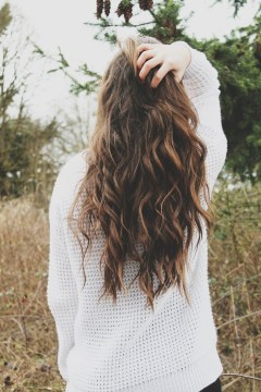 loose waves with highlights