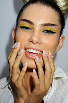 feminine and beautiful nail designs from Blonds